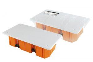 Распаячная коробка СП 172х96х45мм, крышка, пл. лапки, IP20, инд. штрихкод
