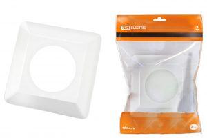 рамка для выключателей или розеток для защиты обоев 130х130 мм, прозрачная